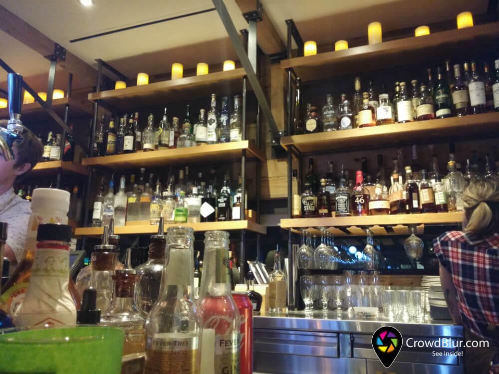 Moxie Kitchen Cocktails Crowdblur